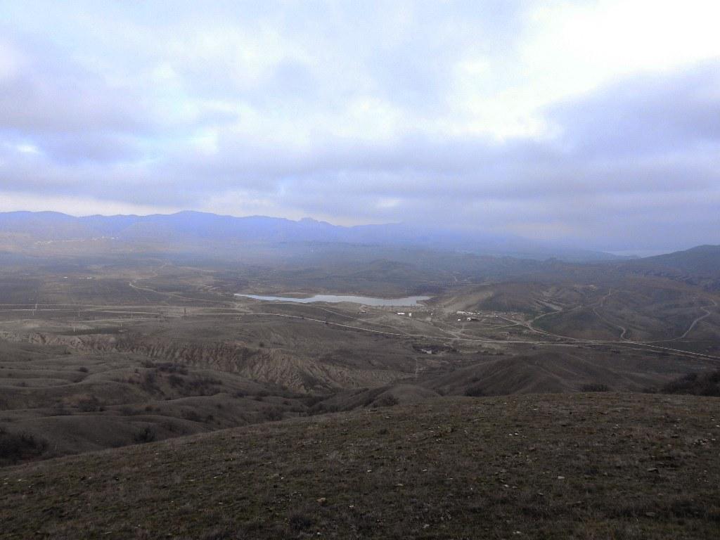 Долина Капсель-Бугас и пруд Бугаз
