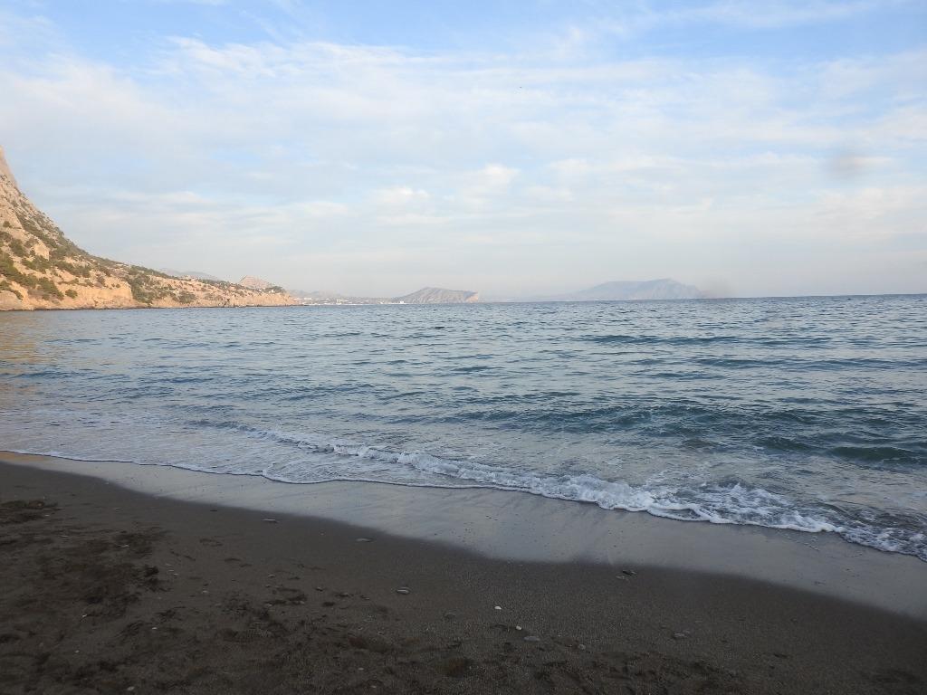 Пляж в Новом Свете в январе