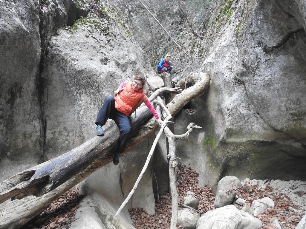 Труднопроходимые места большого каньона Крыма