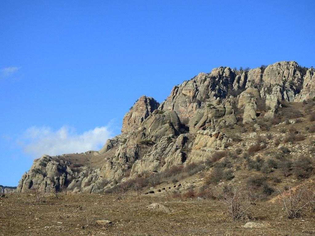 Скалы на Южной Демерджи
