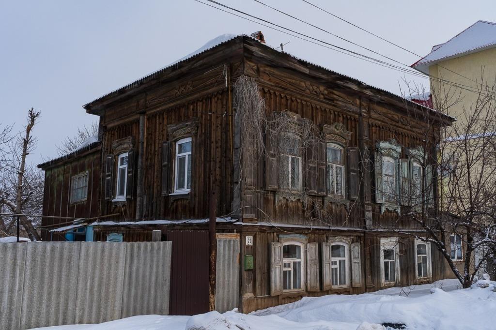 Историческая малоэтажная деревянная архитектура
