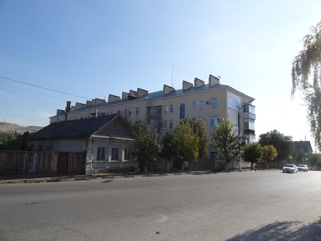 Революционная улица Вольск