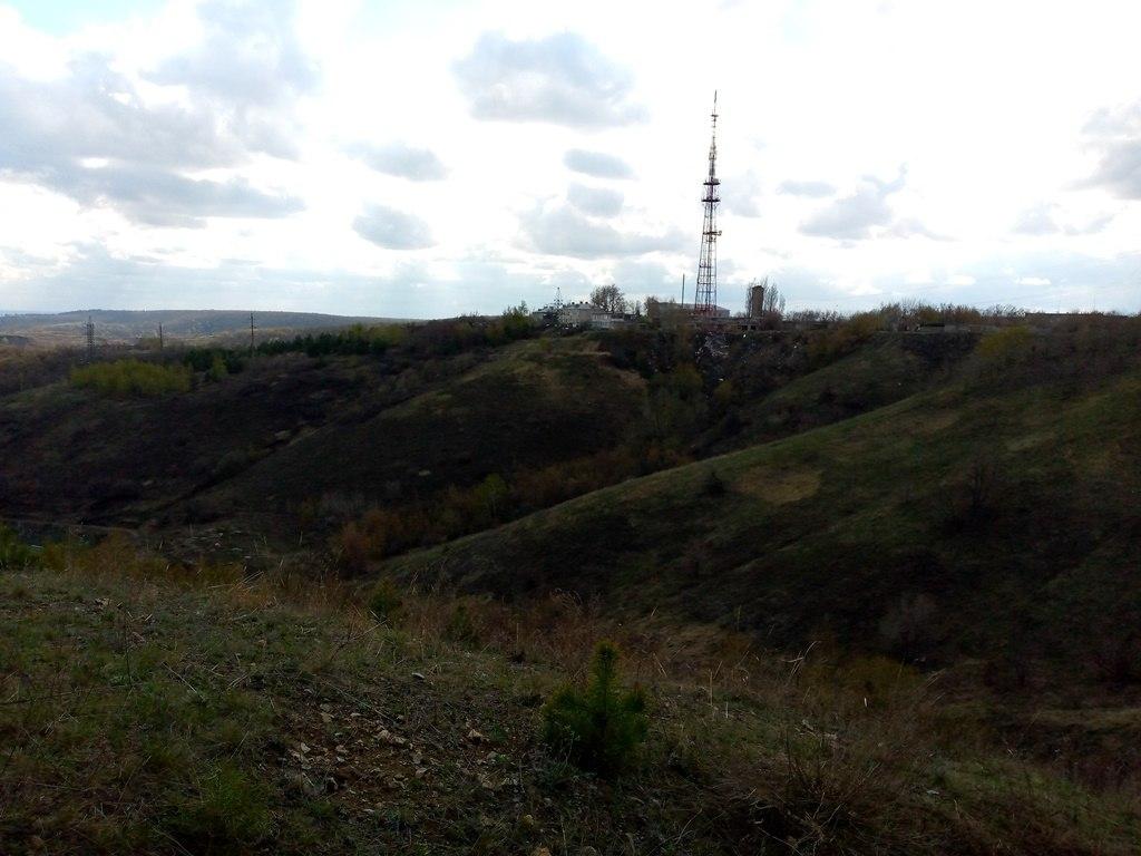 Телевышка на горе в Саратове