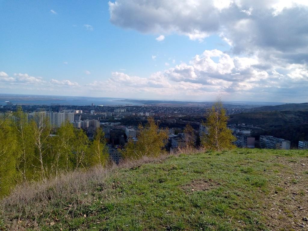 Вид на Саратов с Лысогорского плато