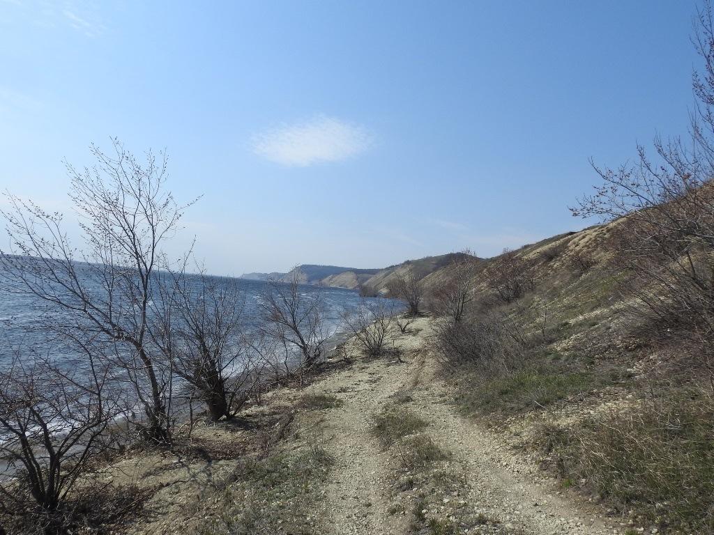 Дорожка вдоль Волги