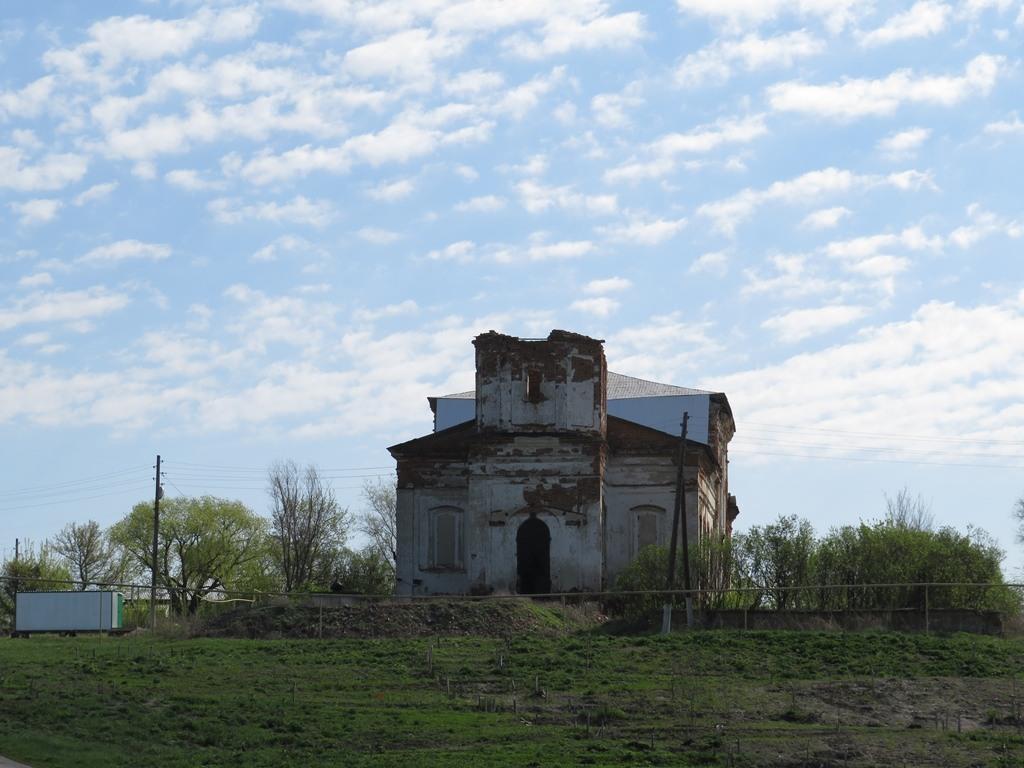 Церковь заброшенная