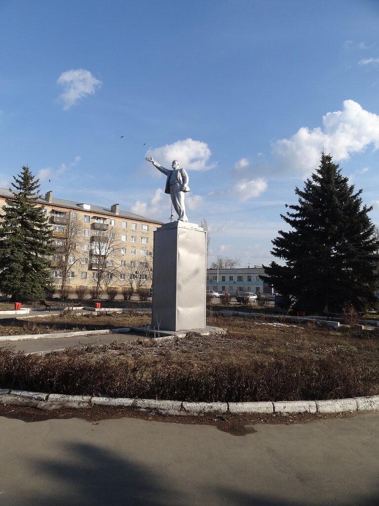 Памятник Ленину Аткарск