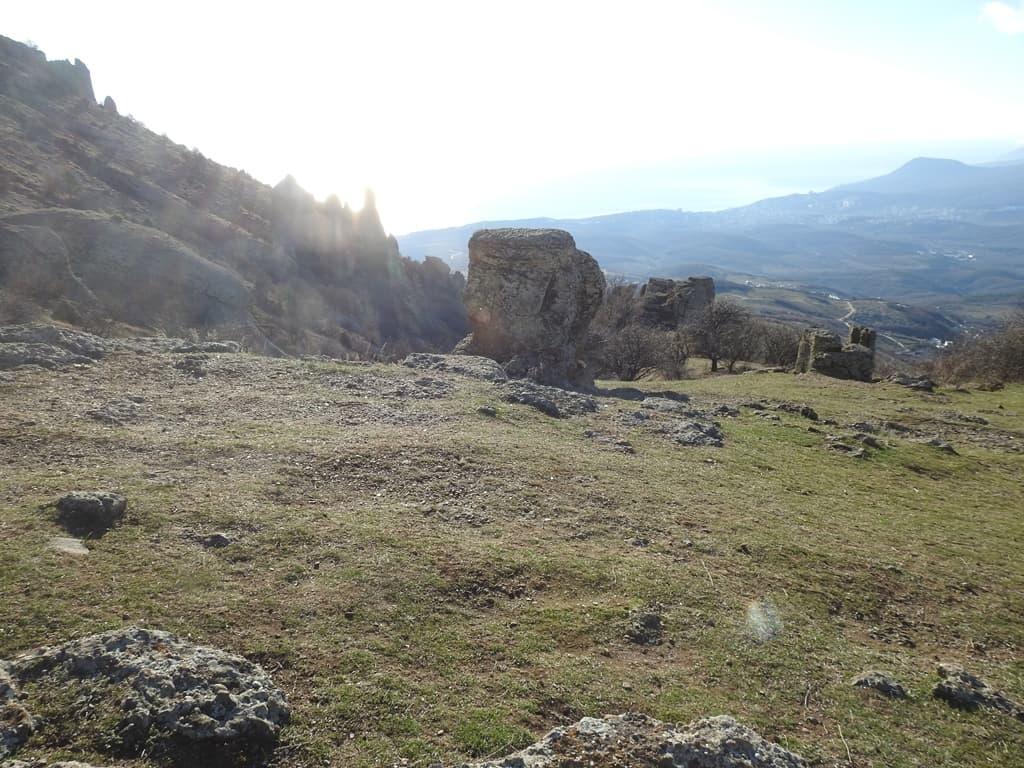 Солнечная поляна Демерджи