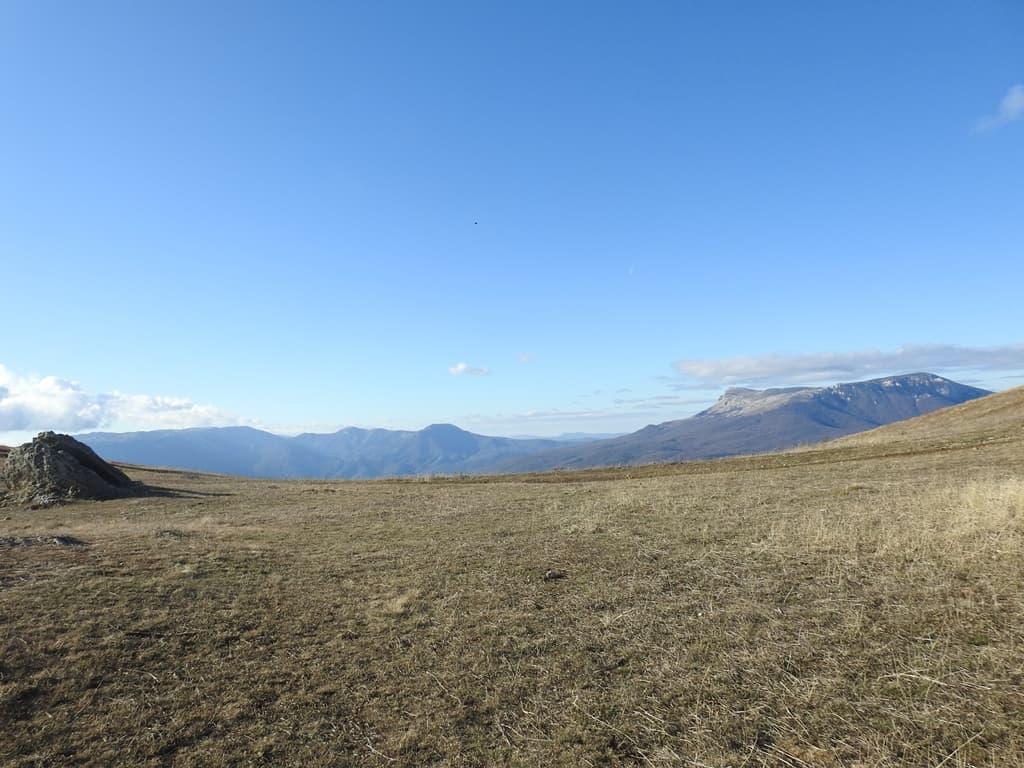 Седловина Демерджи и горы Аленга