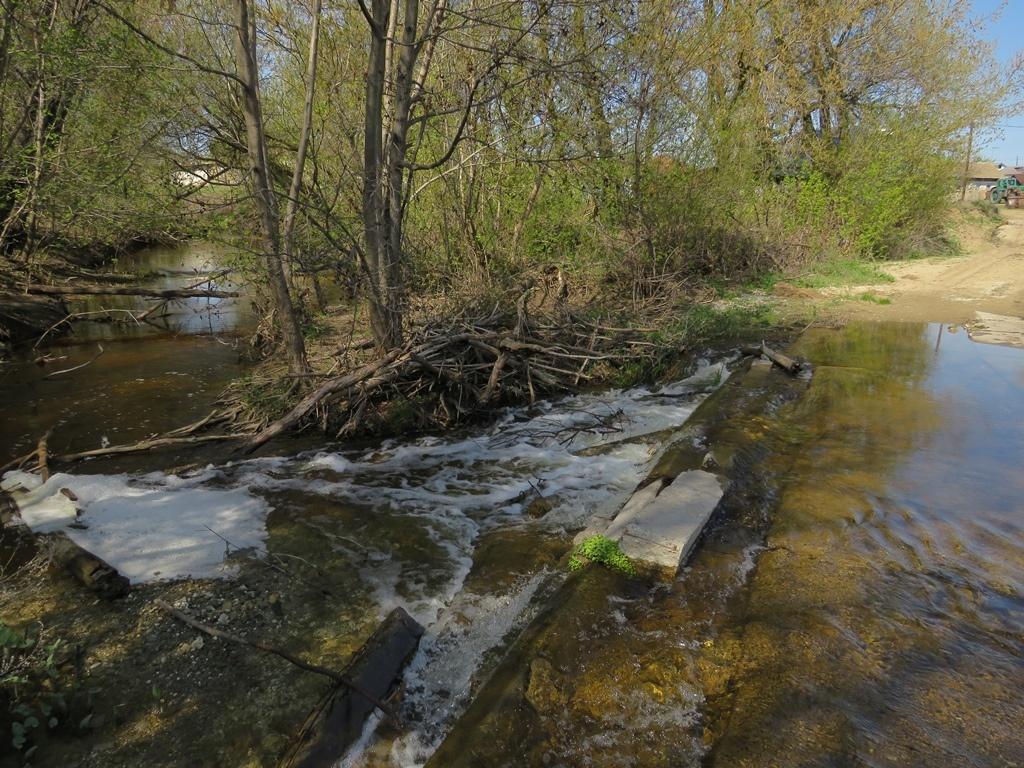 река Бурлук пороги