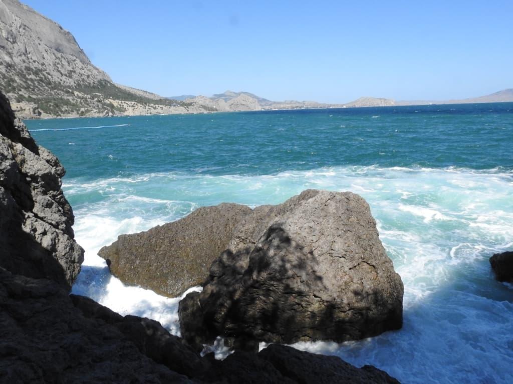 Скалы на Черном море