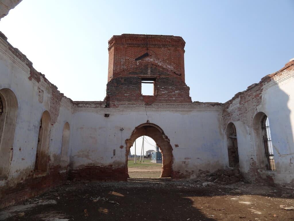Подгорное храм