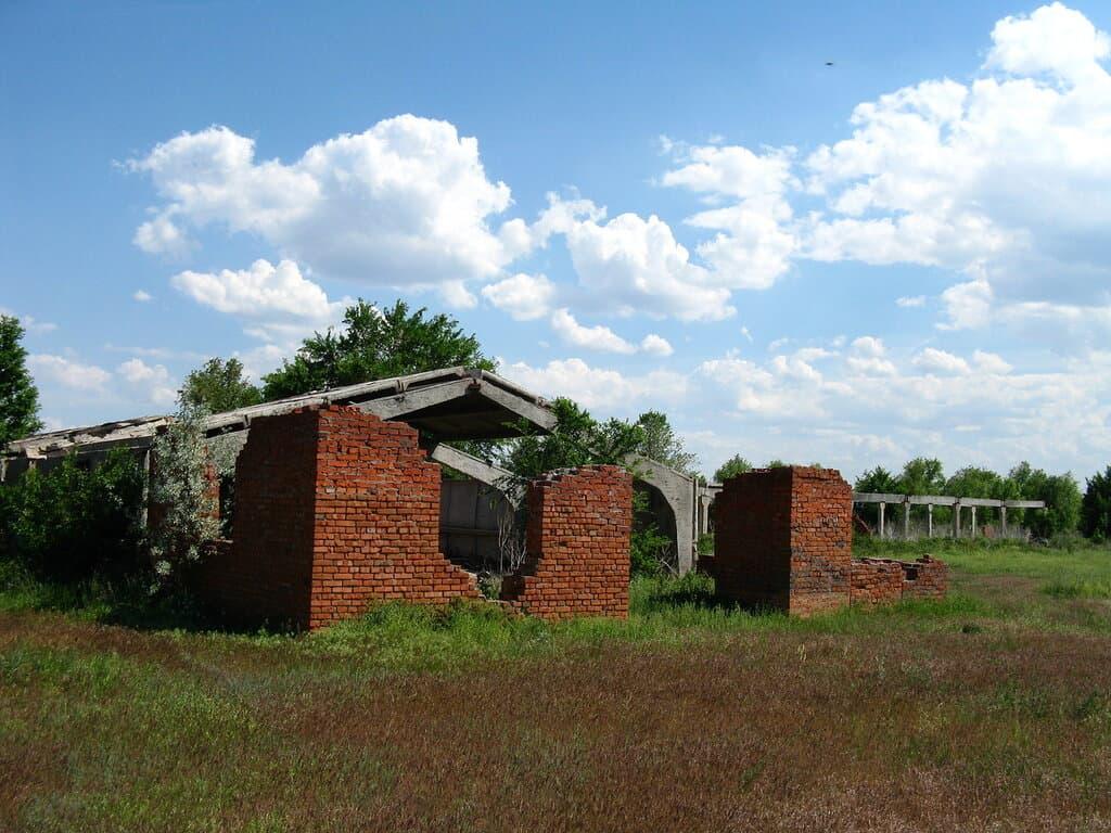 Малая Тополевка руины