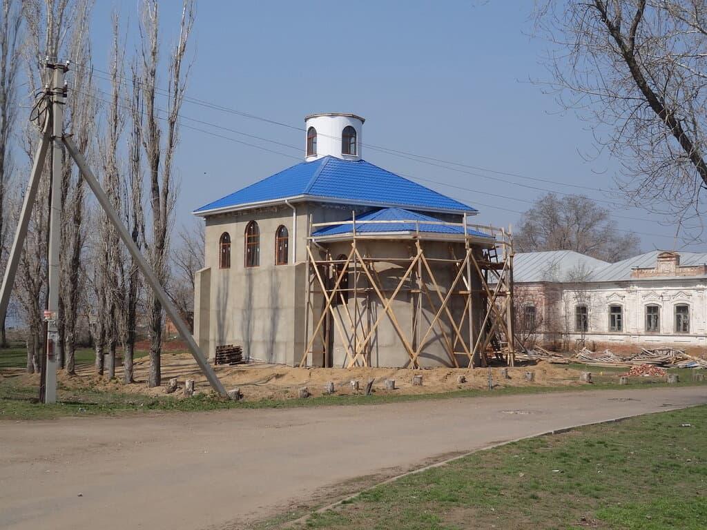 Узморье строительство храма