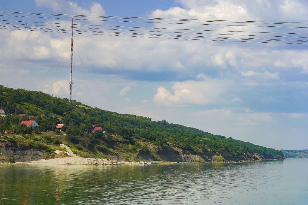 Радиотелевизионная мачта в окрестностях г. Балаково