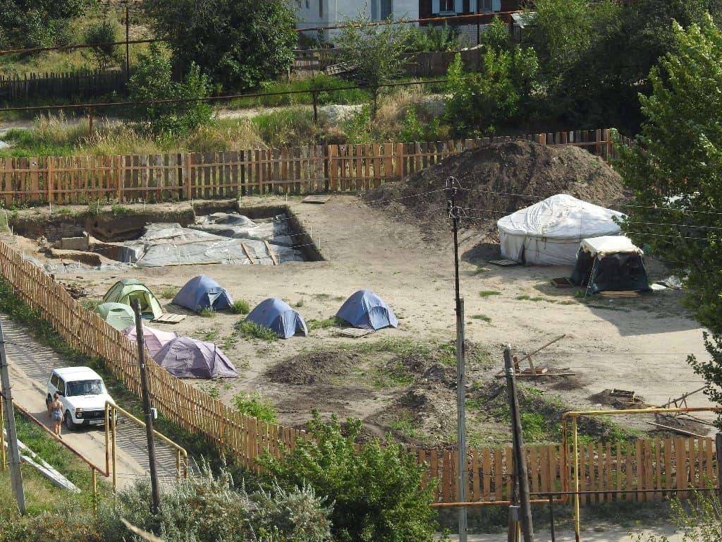 Лагерь археологов на Увеке